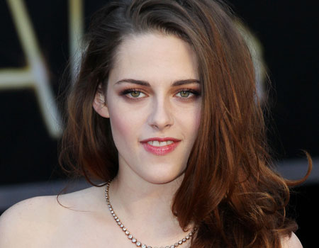 Kristen Stewart's metallic eyes