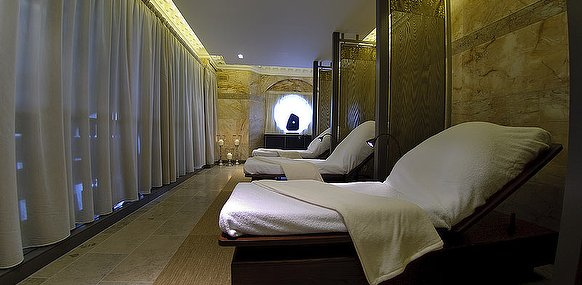 spa relaxation room St James